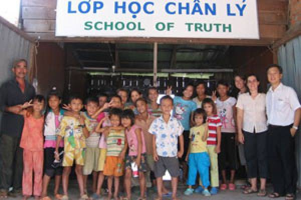 God+uses+a+Refugee+Boy+as+a+Missionary+to+the+Vietnamese