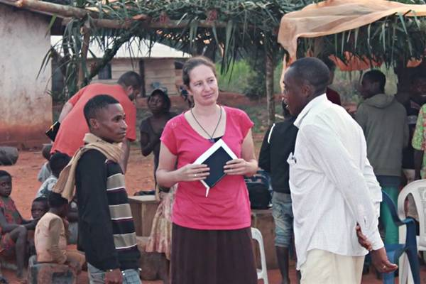 Oral+Bible+Storying-Cameroon