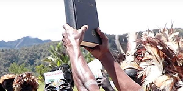 Reprinting+the+Yali+Bible